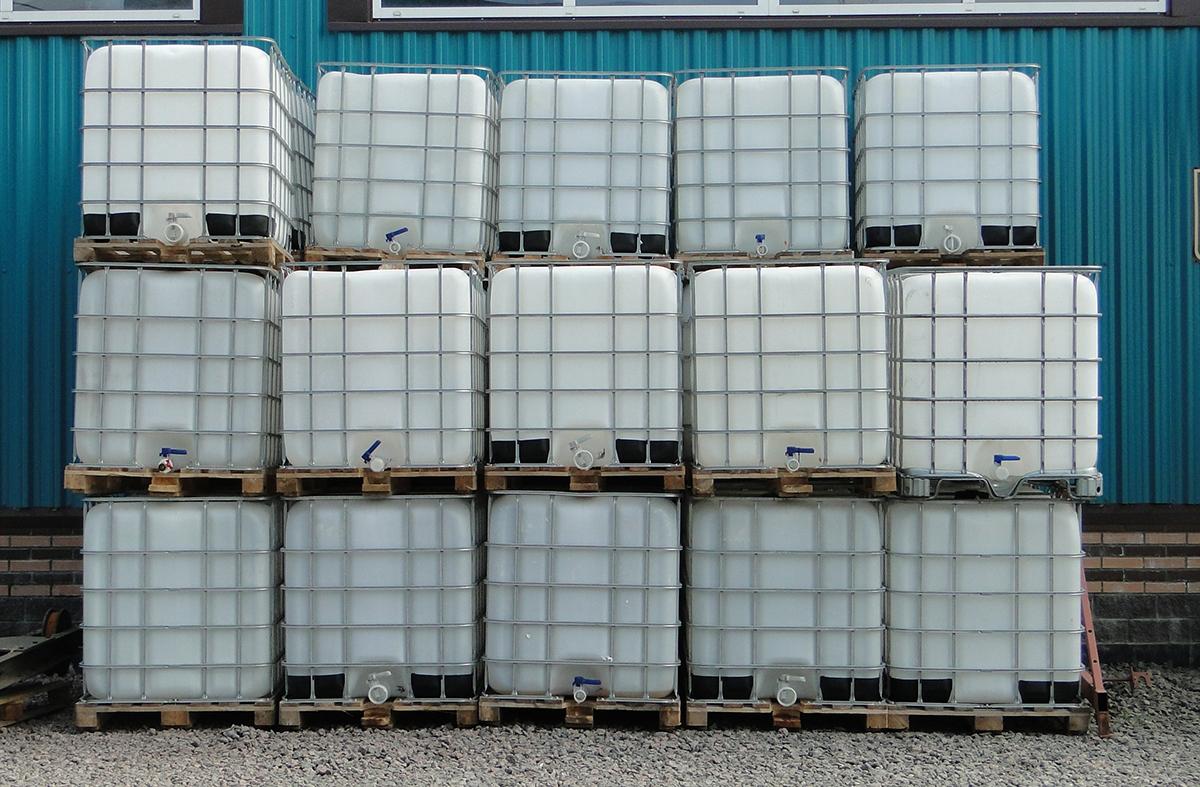 Еврокубы пластиковые под воду 1000 л